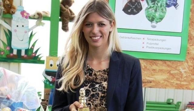 Главный приз для Карин Берчи от правительства Швейцарии как молодому предпринимателю и как Принцессе Рая утилизации!